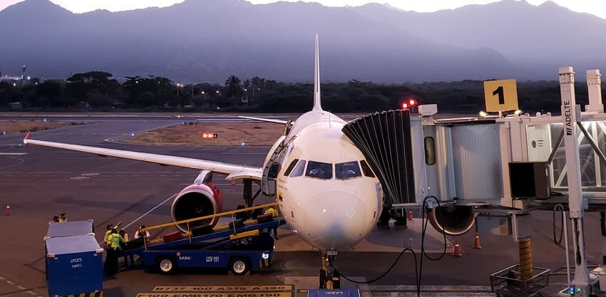Airbus A320 de Viva Air listo para el vuelo inaugural entre Santa Marta-Miami.