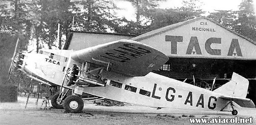 Uno de los primeros aviones de TACA.