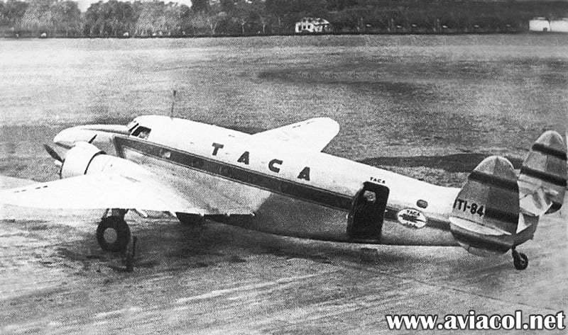 Primeros aviones de TACA.