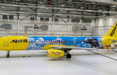 Airbus A321 de Spirit con livery de Dumbo.