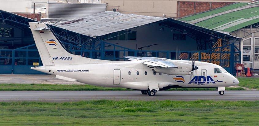 Dornier Do 328 de Aerolínea de Antioquia en el Aeropuerto Olaya Herrera de Medellín.