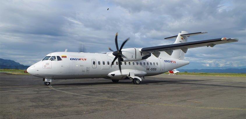 ATR 42-500 de EasyFly en plataforma.