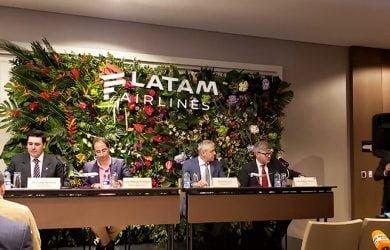 Rueda de prensa para la presentación del plan de expansión de LATAM Airlines en Colombia.