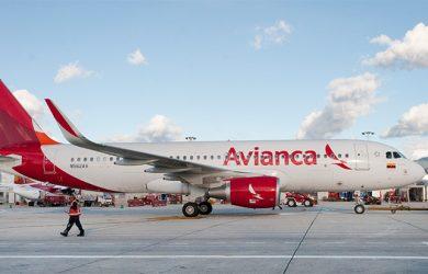 Airbus A320 de Avianca en plataforma.
