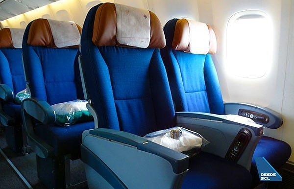 Nueva Economy Plus de LATAM Airlines en un Boeing 767-300.