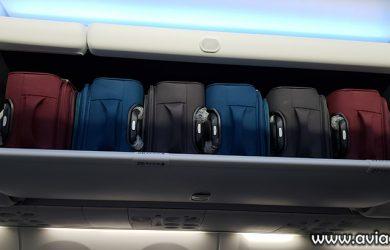 Bins de un Boeing 737 MAX de Copa Airlines.