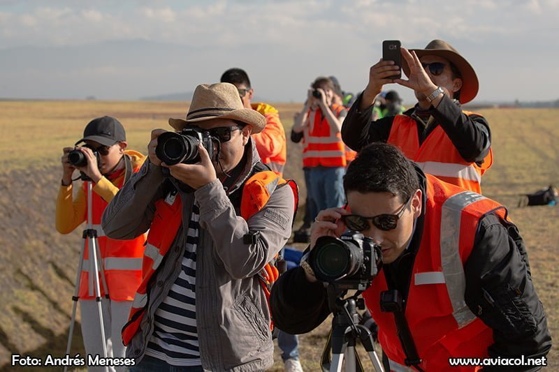 Spotters en el Spotter Day Quito 2018 - Foto de Andrés Meneses