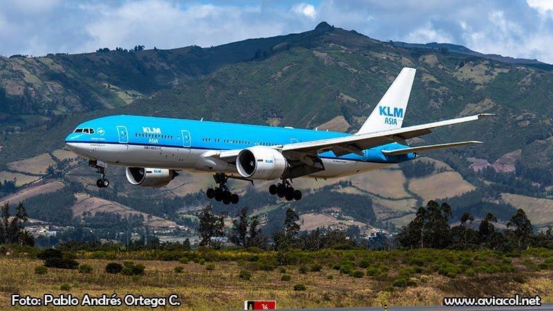 Spotter Day Quito 2018 - Boeing 777 KLM Asia aterrizando Aeropuerto Mariscal Sucre