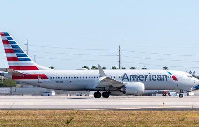 Boeing 737 MAX 8 de American Airlines en el Aeropuerto de Miami.