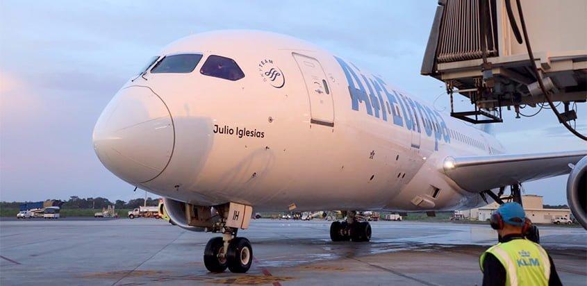 Boeing 787-8 de Air Europa en su primer vuelo a Ciudad de Panamá.