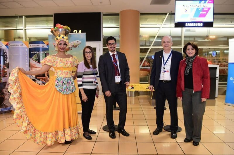 Vuelo inaugural de Viva Air entre Lima y Cartagena.