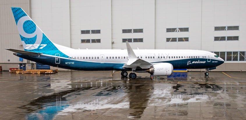 """Boeing 737MAX 9 en su """"rollout""""."""