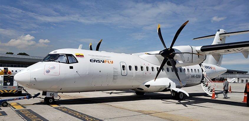 ATR 42 de Easyfly en el Terminal Puente Aéreo de Bogotá.