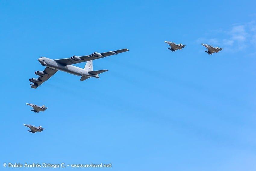 Boeing B-52 durante la F-AIR Colombia 2019.