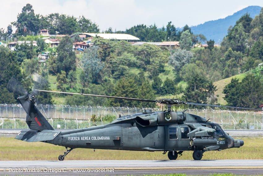 Helicóptero Blackhawk Arpía de la FAC durante la F-AIR Colombia 2019.