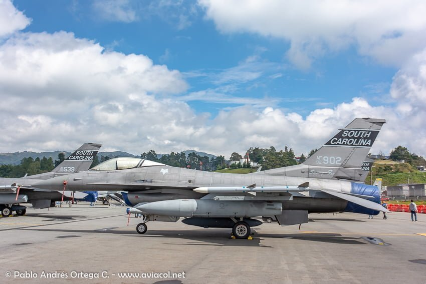 F16 de USAF South Carolina durante la F-AIR Colombia 2019.