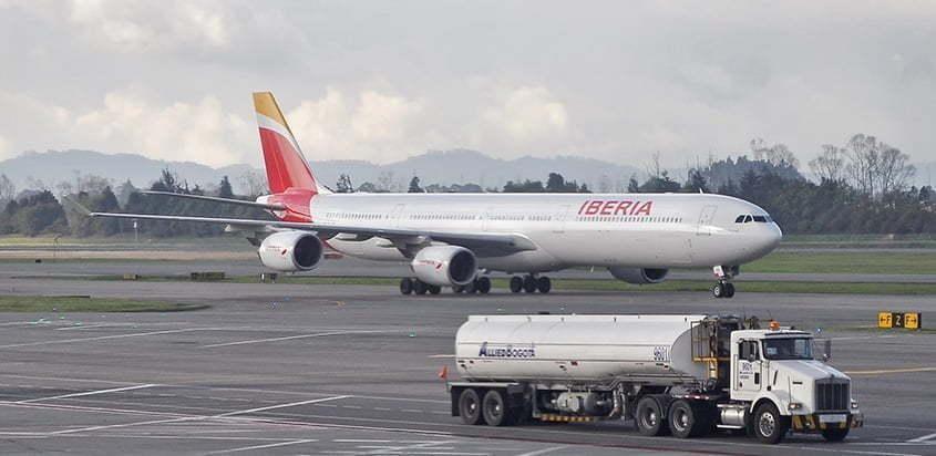 Airbus A340-600 de Iberia en Bogotá.