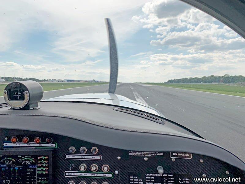 Aterrizando en EBCI.