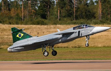 Primer vuelo del Gripen E de Brasil.