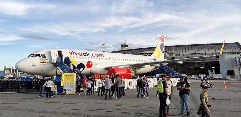 Airbus A320 de Viva Air en F-AIR 2019.