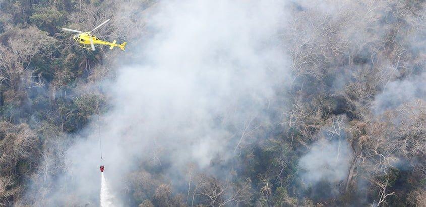 Helicópteros Airbus H215 en la extinción de incendios del Amazonas de Bolivia.