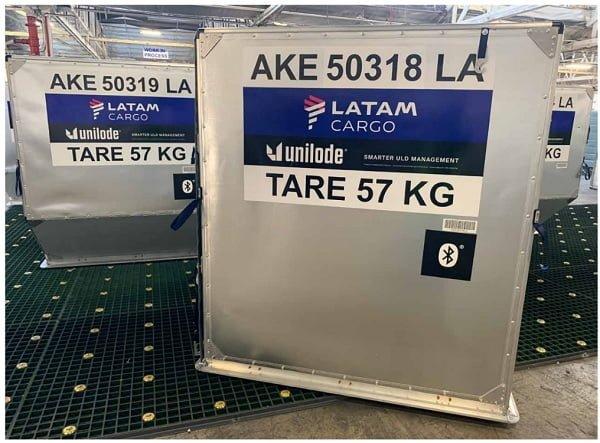 ULD de LATAM Cargo con tecnología digitalizada.