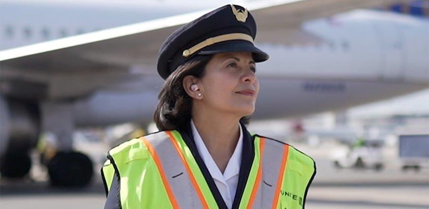 Claudia Zapata, piloto de United Airlines.