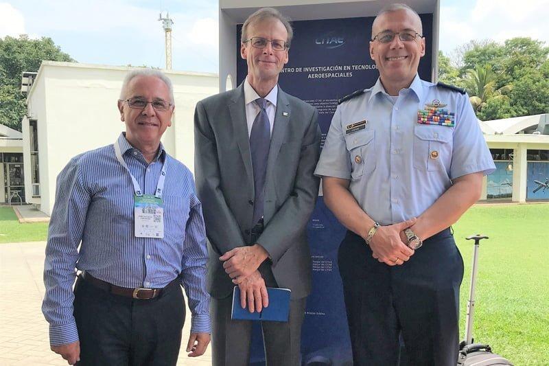 Congreso del Aire y del Espacio de EMAVI.