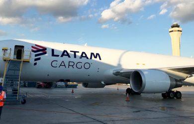 Boeing 767BCF de LATAM Cargo.