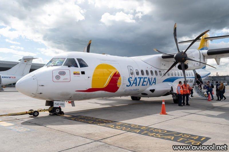 ATR 42-600 de Satena en Bogotá.
