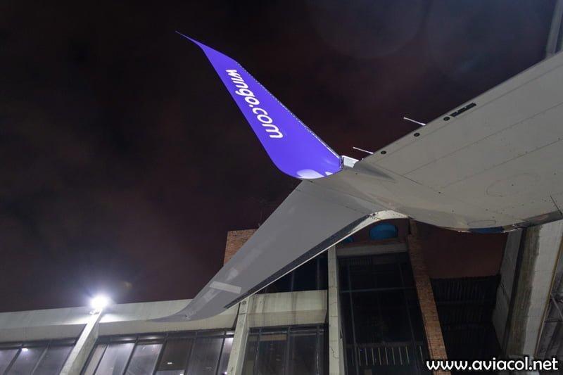 Boeing 737-800 de Wingo - SplitScimitar.