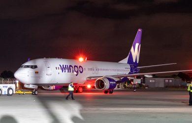 Bautizo al primer Boeing 737-800 de Wingo.