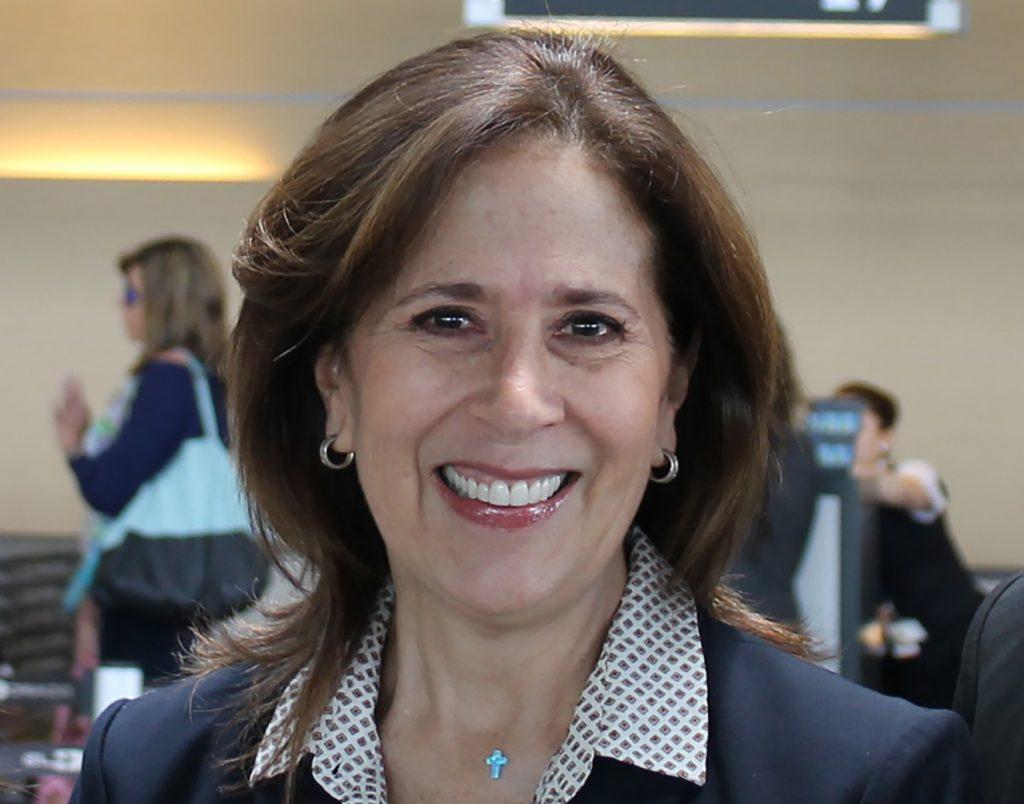 Mary Ann Gelvez: gerente de Operaciones de American Airlines.