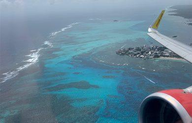 Airbus A320 de Viva Air despegando de San Andrés.
