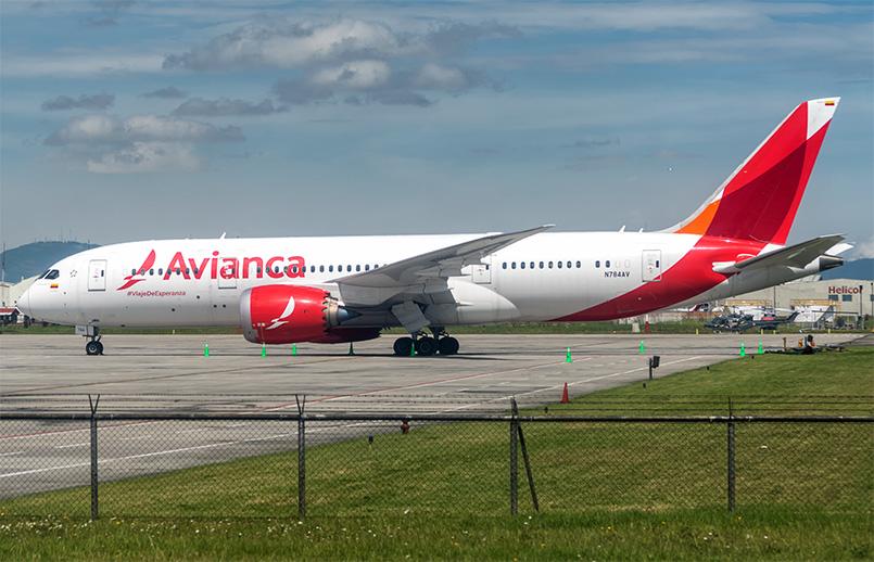 Boeing 787-8 (N784AV) de Avianca en Bogotá.