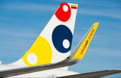 Empenaje de un Airbus A320 de Viva Air.