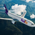 Boeing 767-300F de FedEx en vuelo.