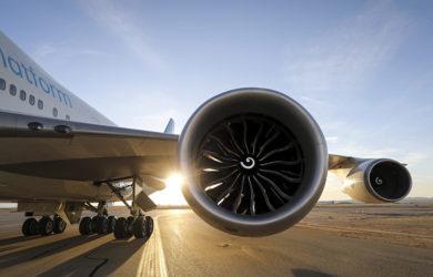 Motor GE9X del Boeing 777X en un Boeing 747.