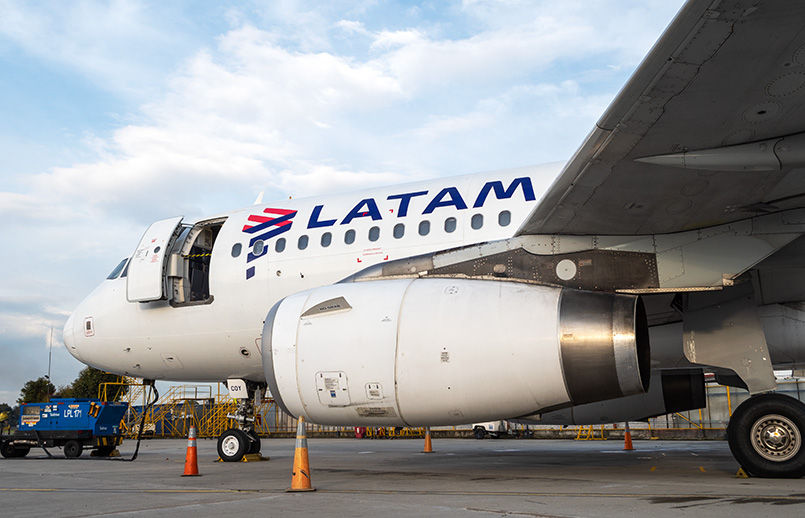 Airbus A319 de LATAM Airlines. Colombia.