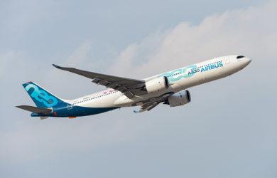 Airbus A330neo en vuelo.