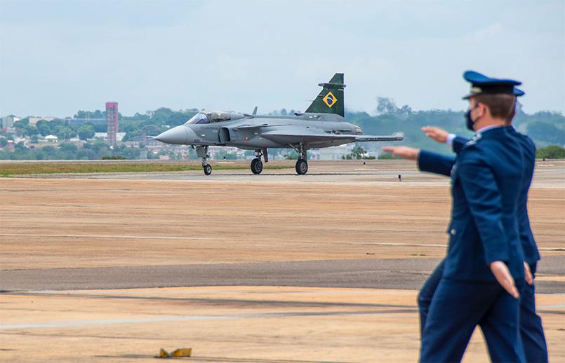 Presentación oficial del Gripen E de Saab en Brasil a la FAB.