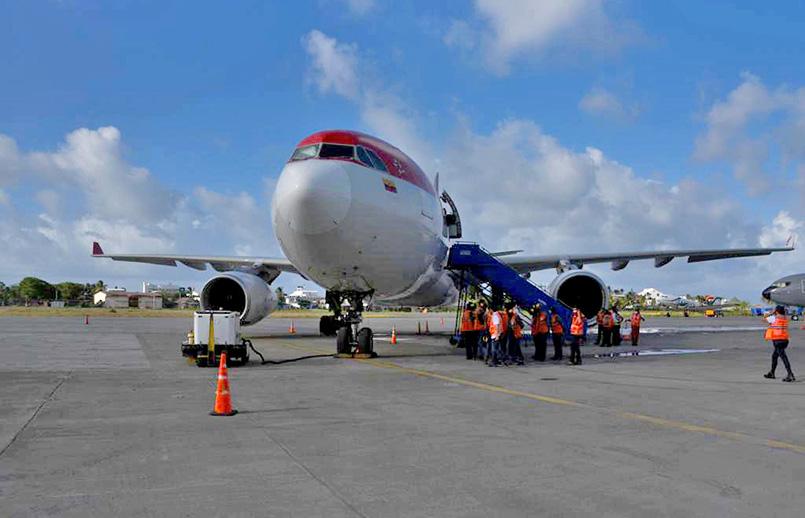 Airbus A330 de Avianca transportando ayudas humanitarias a San Andrés.