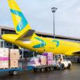 Donación de regalos de Airbus y Viva Air.