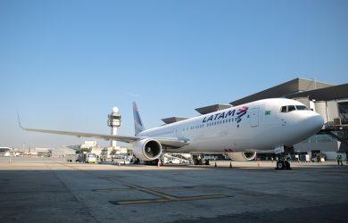 Boeing 767-300 de LATAM Airlines en Guarulhos.