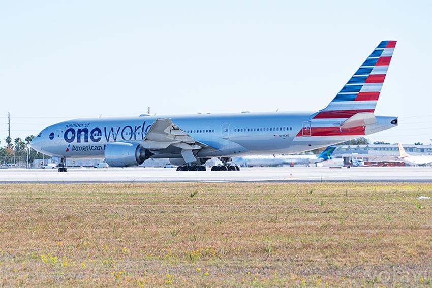 Boeing 777-200ER de American Airlines en Miami.