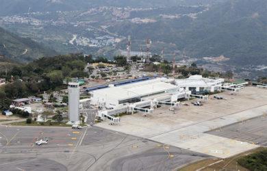 Vista aérea del Aeropuerto Palonegro de Bucaramanga.