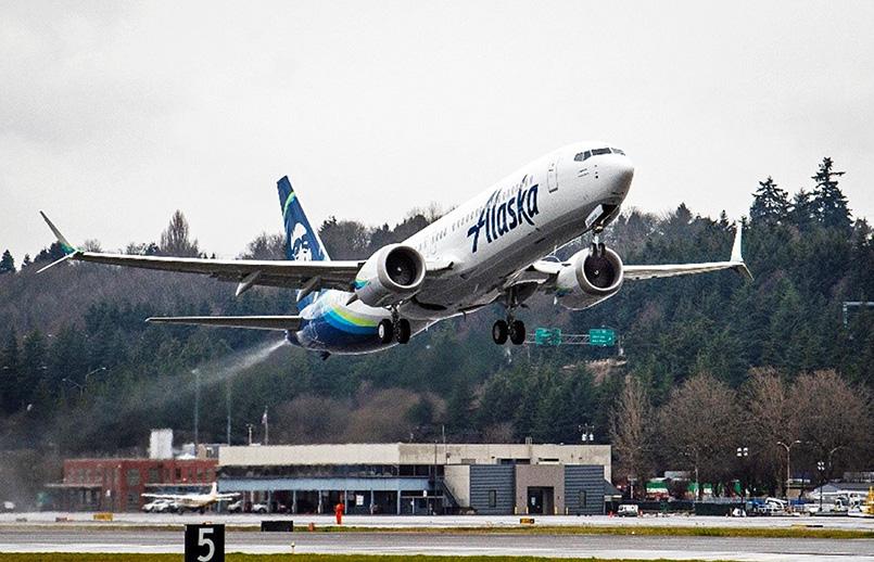 Boeing 737 MAX 9 de Alaska Airlines.