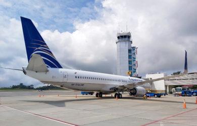 Boeing 737-800 de Copa Airlines en el aeropuerto Palonegro de Bucaramanga.
