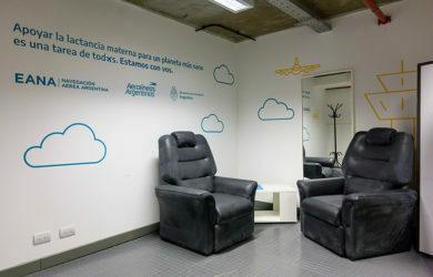 Espacio de lactancia materna en el aeropuerto Ezeiza de Buenos Aires.