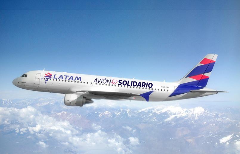 Avión solidario de LATAM Airlines.